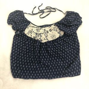 3/$25 Forever 21 Crop Top Crochet Detail Size Sm